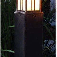 Indian Wells Medium Weathered Bronze 120V Bollard Hanover Lantern Bollards Lands