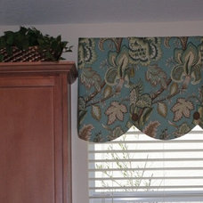 Contemporary Curtains Our favorite kitchen sink window valance!