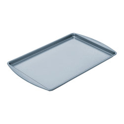 Chicago Metallic - Chicago Metallic Betterbake Nonstick Small Cookie Pan - Better baking just came your way! Cookies slide off, pastries don't stick, and homemade granola cooks evenly with no burned edges. Find your inner baker and bake!