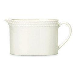 kate spade new york - kate spade new york Wickford Creamer - Our Wickford Creamer by kate spade new york is embossed with a rope pattern which offers a contemporary look. Crafted in white porcelain, this versatile creamer creates a sophisticated table set up. Ideal for both formal and casual occasions.