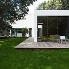 modern exterior by AR Design Studio Ltd
