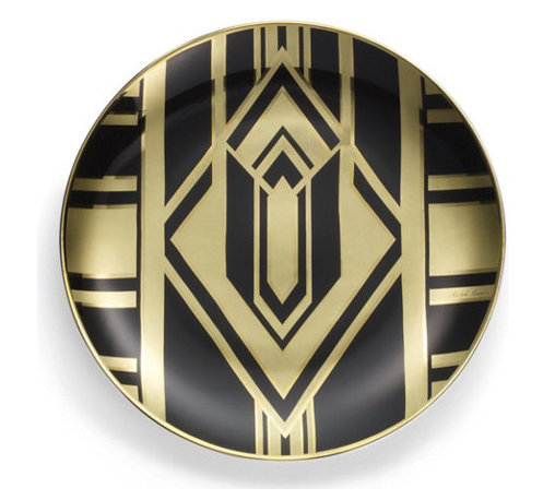 Callia Diamond Deco Dessert Plate - Black and gold is the perfect color combination, and it has a timeless and classic appeal. It looks absolutely radiant on this dinner plate.