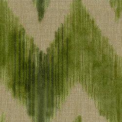 Watersedge in Green - Grade: 0059