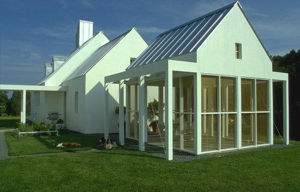 Farmhouse  by Bushman Dreyfus Architects