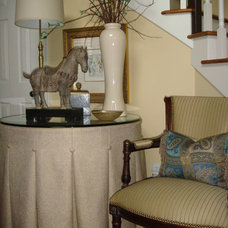 Traditional  by Christi Towne Designs
