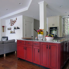 Traditional Kitchen by Randall Design