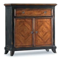 Hooker Furniture - Hooker Furniture Wingate One-Drawer Two-Door Chest 593-50-003 - A welcoming surface of cherry and walnut veneers on this two-door, one-drawer chest helps put elegance into your hospitality.