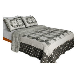 Blancho Bedding - Francesca Cotton 3PC Vermicelli-Quilted Patchwork Quilt Set  Full/Queen Size - Set includes a quilt and two quilted shams. Shell and fill are cotton. For convenience, all bedding components are machine washable on cold in the gentle cycle and can be dried on low heat and will last you years. Intricate vermicelli quilting provides a rich surface texture. This vermicelli-quilted quilt set will refresh your bedroom decor instantly, create a cozy and inviting atmosphere and is sure to transform the look of your bedroom or guest room. Dimensions: Full/Queen quilt: 90 inches x 98 inches. Standard sham: 20 inches x 26 inches.