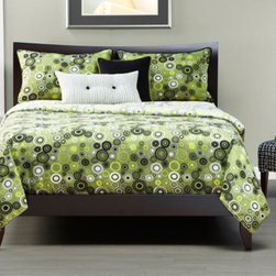 Siscovers - Going Green, White and Kiwi Six Piece Queen Duvet Set - - Updated Bohemian Circles in modern colors  - Set Includes: Duvet - 94x98, Two Queen Shams - 30x20, One Decorative Pillow - 16x16, One Decorative Pillow - 26x14  - Inserts: Polyester  - Duvet Material: 60% Rayon, 40% Polyester  - Sham Material: 100% Polyester  - Pillow Material: 60% Rayon, 40% Polyester  - Additional Color: Black Moss  - Workmanship and materials for the life of the product. SIScovers cannot be responsible for normal fabric wear, sun damage, or damage caused by misuse  - Reversible Duvet and Shams  - Care Instructions: Dry Clean Only  - Made in USA of Fabric made in China Siscovers - GOGR-XDUQN6
