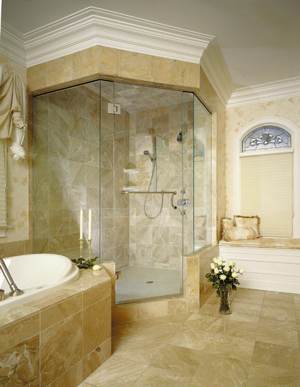 Modern Showers by Delta Glass