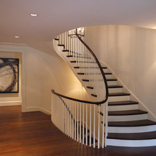 Contemporary Staircase by Rill Architects
