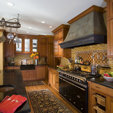 Traditional Kitchen by Choice Wood Company