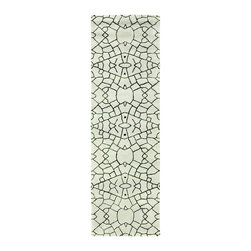 """Safavieh - Contemporary Thom Filicia Hallway Runner 2'6""""x8' Runner Dune Area Rug - The Thom Filicia area rug Collection offers an affordable assortment of Contemporary stylings. Thom Filicia features a blend of natural Dune color. Hand Tufted of Wool the Thom Filicia Collection is an intriguing compliment to any decor."""