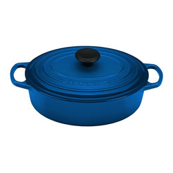 Le Creuset - Marseille 3.5-Qt. Wide Oven - This fine enameled cast iron dish resists chipping and cracking through years of use. It's superior heat retention keeps the temperature contast as food cooks.   Includes dish and lid Holds 3.5 qt. Cast iron Dishwasher-safe Limited lifetime warranty Imported