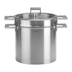 Cristel - Cristel Strate L Fix Brushed Stainless Stock Pot W/Pasta Set - The base is made out of an alloy of stainless steel and aluminum. The heat is simultaneously spread over the whole surface of the base and sides. For gentle, economic cooking with no risk of sticking and protecting all the nutritional qualities of food. Multicooking: suitable for all cooking cooktops; can also be placed on the oven (with or without the lid)Brushed Finish. Dishwasher safe.. Made in France.