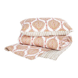 John Robshaw Kutch Quilt, Queen - If you want to treat yourself to great quality and great looking bedding, John Robshaw is the way to go. I love this quilt and sham set in tones of pink and gold.