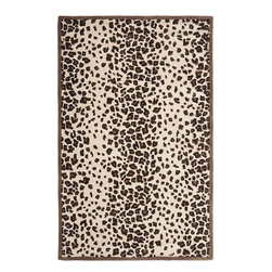 MSR3621C Martha Stewart Rug - 8'x10' - Kalahari is an update to the classic leopard print. This modern interpretation was first hand drawn, using a naturalist��_s photo as inspiration. Hand-tufted in India, the rug is made of premium wool with viscose highlights. The beautiful colors give the pattern a soft, contemporary feel that enlivens the d��_cor of bedrooms, living rooms, and family rooms.