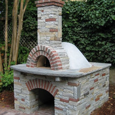 Traditional  by PaverStone Construction and Greenmark Landscaping