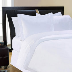 None - 500 Thread Count Egyptian Cotton 3-piece Duvet Cover Set - This beautiful and soft 500 thread count duvet cover adds a soft hand and sheen to bedding. The set includes shams and is composed of luxurious quality 100-percent cotton fabrics.