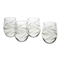 Reed & Barton - Bamboo Garden Tumbler Glass Set of 4 - Classic, yet functional, the Bamboo Garden Tumbler from Reed & Barton will enhance the aesthetics of your favorite wine and is also appropriate for serving any mixed drink. Perfectly sized to fit in the palm of your hand, this set of four tumblers makes a wonderful addition to the bar. Elegantly packaged for gift-giving. Part of the Bamboo Garden Collection, it is ideal for both formal and informal occasions with its bold, grey cut bamboo leaf design. * Set of 4 * Capacity: 21oz. * Made in the USA
