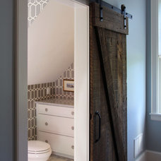 Farmhouse Bathroom by arQitecture
