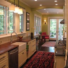 traditional kitchen by Pamela Foster &amp; Associates, Inc.