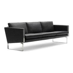 Modern Classics - Wegner: JH Sofa Reproduction - Features: