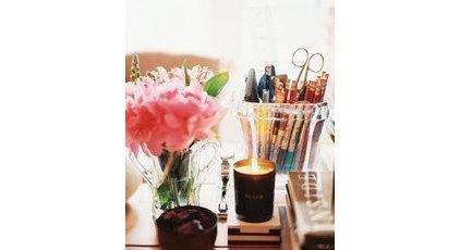 pretty desk.jpg