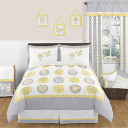 Sweet Jojo Designs - Sweet Jojo Designs Mod Garden 3-piece Full/Queen Comforter Set - The 3-piece Mod Garden full/queen bedding collection will create a fresh sunny setting for your child's room. This adorable girl bedding set features detailed floral and butterfly themed appliques,and embroidery works.