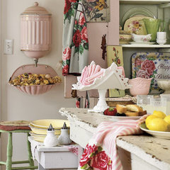 Seasons for All at Home: Decorating a Cottage in Pink and Green