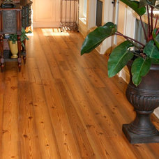 Traditional Hardwood Flooring by Goodwin Heart Pine Company