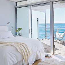 Focus on the view. < Soothing Beachy Bedrooms - Coastal Living