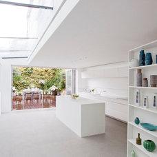 Contemporary Kitchen by FIGGOSCOPE - Interior Architecture & Design