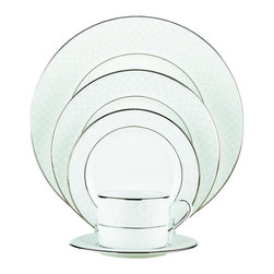 Lenox - Lenox Venetian 'Lace' 20-piece Bone China Dinnerware Set - Just as the finest lace is crafted with care so too is Lenox's Venetian Lace china. Each white-bodied piece is accented with precious platinum to create a beautiful presence on your table.