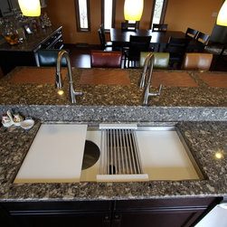 Transitional Kitchen Sinks: Find Apron and Farmhouse Sink Designs Online
