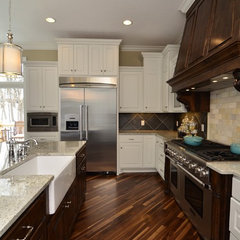 traditional kitchen by Gonyea Homes &amp; Remodeling