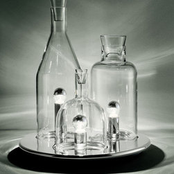 Clear Finish Three Glass Bottles On Tray Table Lamp - Clear Finish Three Glass Bottles On Tray Table Lamp is the best choice for your modern home decoration. It is in good designing with good quality. You are allowed to set them in the right room for perfect warm light. And it will also decorate your home with its stylish shape.
