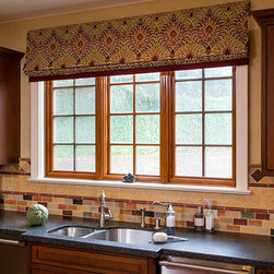 Kitchen Window coverings - www.macdonaldphoto.com