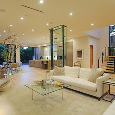 Luxuriously Integrating Water Elements: 813 Laurel Avenue House