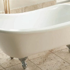 traditional bathtubs by Plumbateria