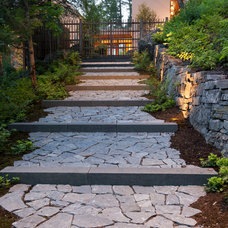 Contemporary Landscape by CTA Architects Engineers