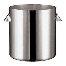 Paderno World Cuisine - 3-3/4-Quart Stainless-steel Bain-Marie (2 short handles) - This 3-3/4-quart bain-marie, or water bath, is a heating or cooking process in which a water-filled receptacle is used as the element to provide gentle, even heat. This bain-marie has two short handles. This technique allows for the cooking of delicate dishes or to keep food warm. From melting chocolate to keeping the temperature of delicate sauces, the bain-marie is an essential cooking piece. Safe for use in the oven, on the stove, in a hotel pan or in a chafing dish.