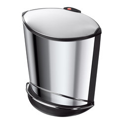 Hailo - Hailo Trento Ellipse Trash Can - The stable waste bin with the elliptical design features a whisper lid with slow-motion technology. A wide foot rail and attractive stainless steel construction completes this easy-to-use trash can.