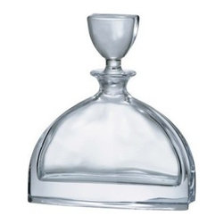 Bohemia - Bohemia - Nemo Decanter 0.7 L - Bring some class to your cocktail with this decanter. It boasts an elegant but contemporary design, and rests comfortably in your hand to make your own personal happy hour even more relaxed.