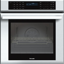 Thermador - 27 inch Masterpiece® Series Single Oven MED271JS - With True Convection and 14 cooking modes, our 27-inch Masterpiece Single Oven gives you the convenience of cooking several dishes at the same time without flavor transfer.