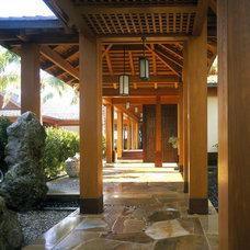 Tropical Exterior by ZEN Associates, Inc.