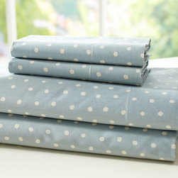 Polka Dot Organic Sheet Set - Next to stripes, polka dots are probably one of my favorite choices for classic, fun bedding.