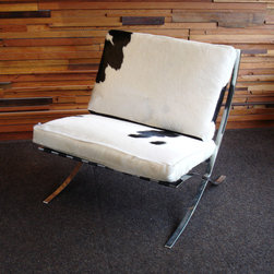 Barcelona chair ,cowhide No. 2 - photo: J.D.