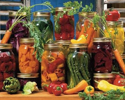 Canned Veggies Puzzle - 500 Piece Jigsaw PuzzleThe summer's harvest is displayed in a colorful arrangement that will leave your mouth watering for more!  A Best Selling 2005 Summer/Fall Collection Puzzle. Gaetano Images, Inc.