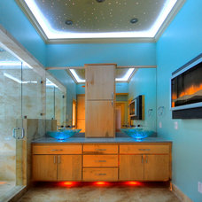 Modern Bathroom by Sweetlake Interior Design
